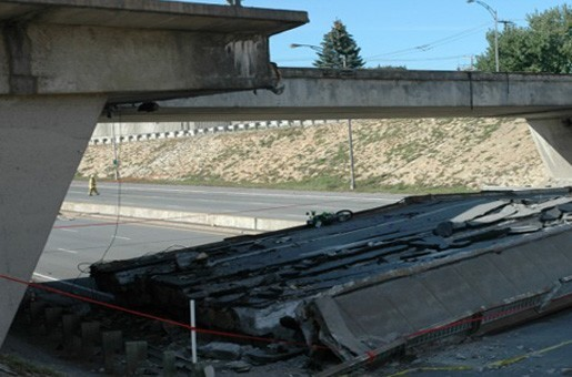 Collapse of de la Concorde overpass