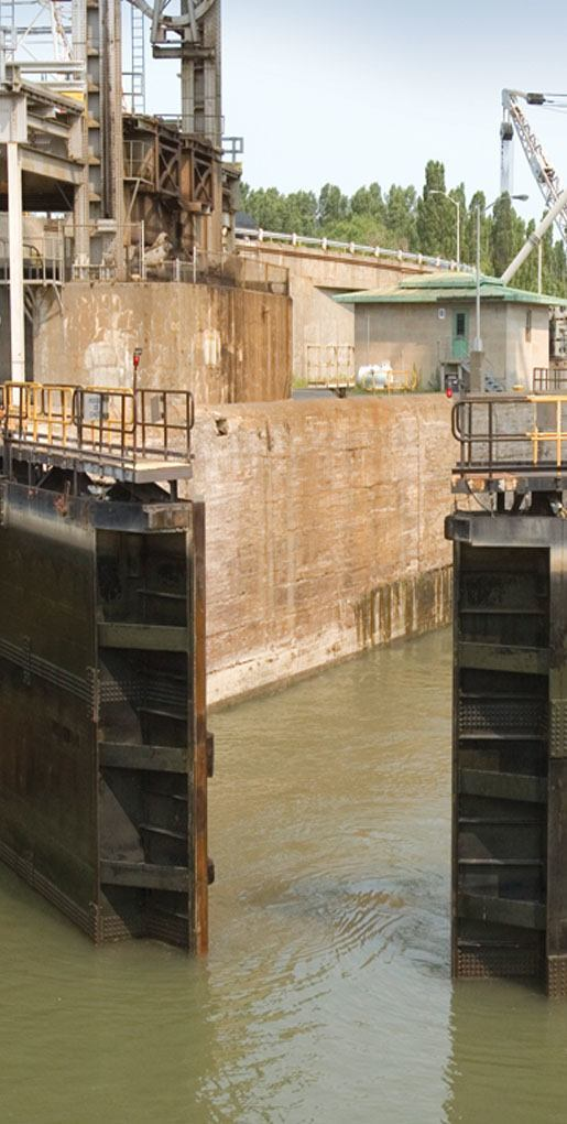 St Lawrence Seaway Locks Evaluation of degradation mechanisms